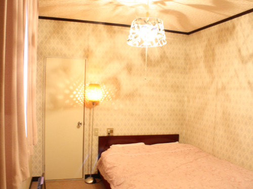Small Double Room with Private Toilet (2 people)